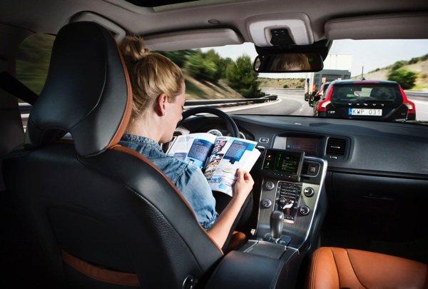 Volvo-self-driving-car_digiato