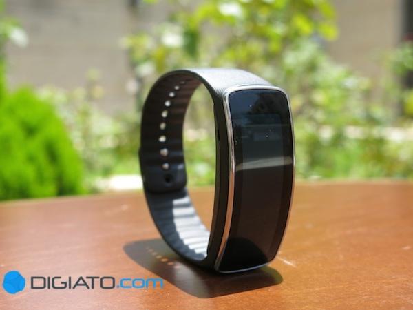 ساعت هوشمند سامسونگ فیت gear fit smartwatch