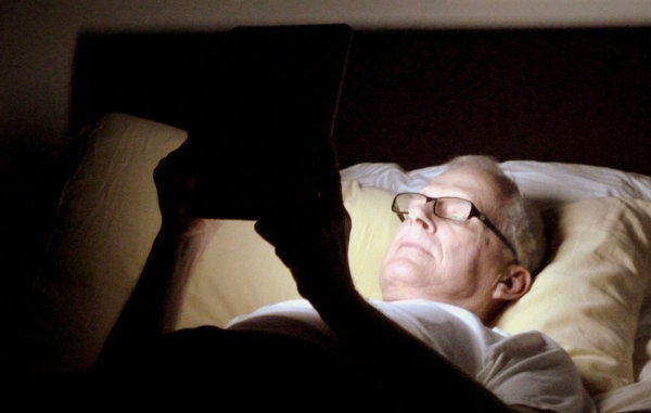 la-jc-want-a-good-nights-sleep-read-a-book-201-001_digiato