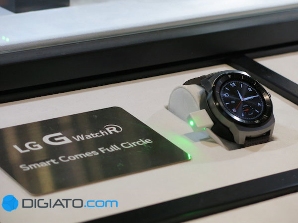 G Watch R واقعا محصول لوکسی به نظر می رسد.