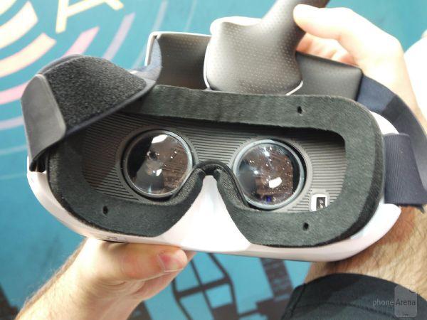 Samsung-Gear-VR-hands-on (1)