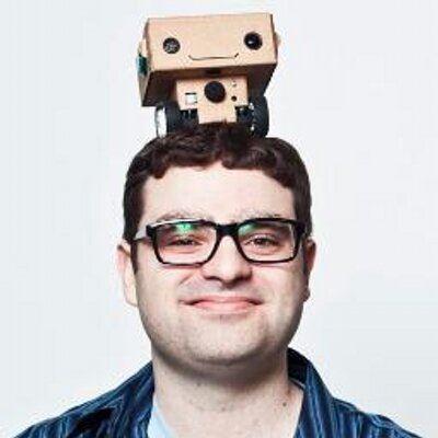 robot on head