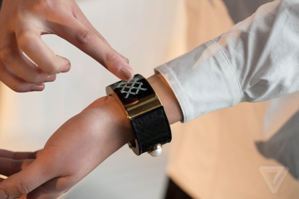 intel-opening-ceremony-mica-wearable-0301_verge_super_wide
