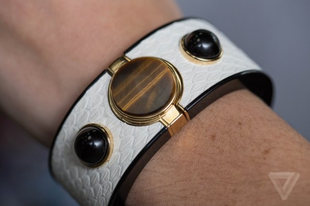 intel-opening-ceremony-mica-wearable-0326_verge_super_wide