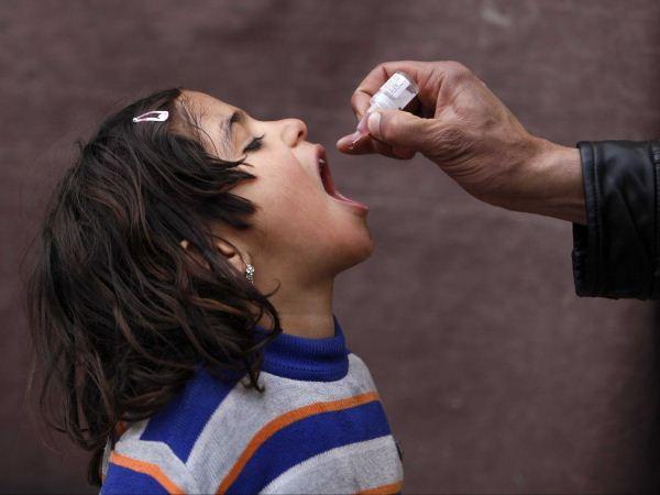 polio-vaccine-afghanistan-child-1