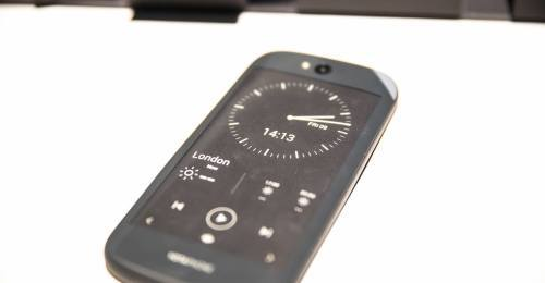 Yotaphone-hands-on-23-500x260