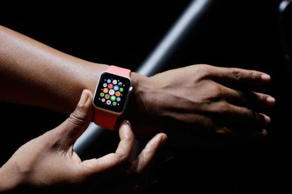 apple-watch-wear-next-120814-640x640