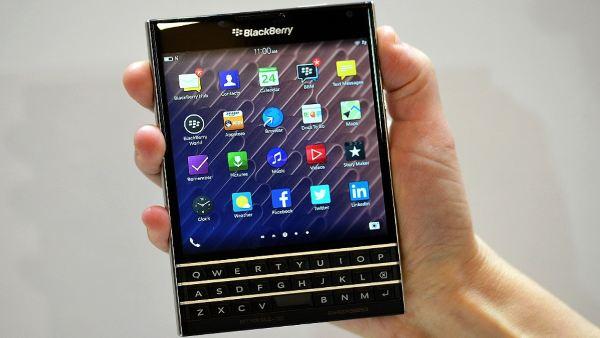 blackberry-passport1