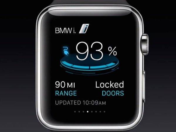 توسعه دهندگان می توانند اپلیکیشن های اختصاصی برای ساعت بنویسند. برای مثال BMW در حال ساخت اپلیکیشنی است که وضعیت ماشین را روی ساعت به کاربر نمایش دهد.