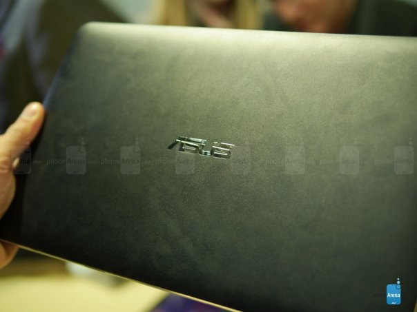 Asus-Transformer-Book-T300-Chi-hands-on (10)
