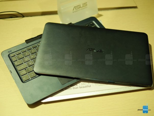 Asus-Transformer-Book-T300-Chi-hands-on (6)