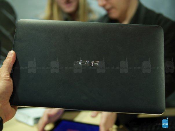 Asus-Transformer-Book-T300-Chi-hands-on (8)