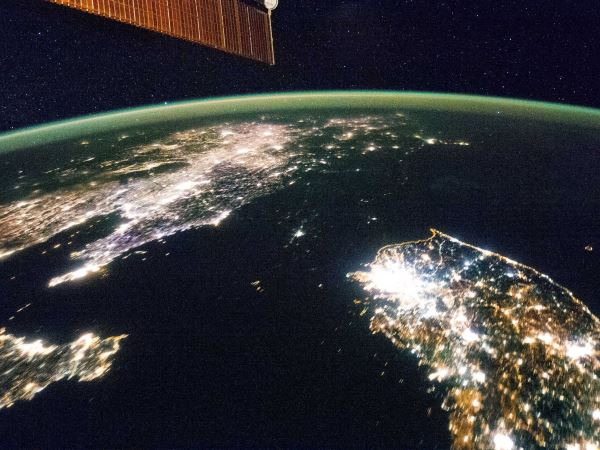 iss-earth-at-night-from-space-4