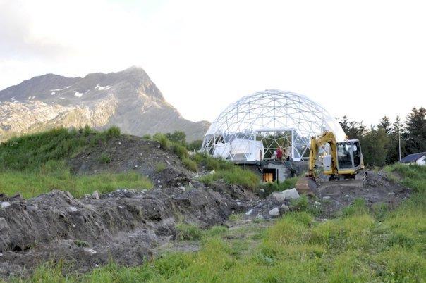 Cob-Geodesic-Dome-Norway-lead2