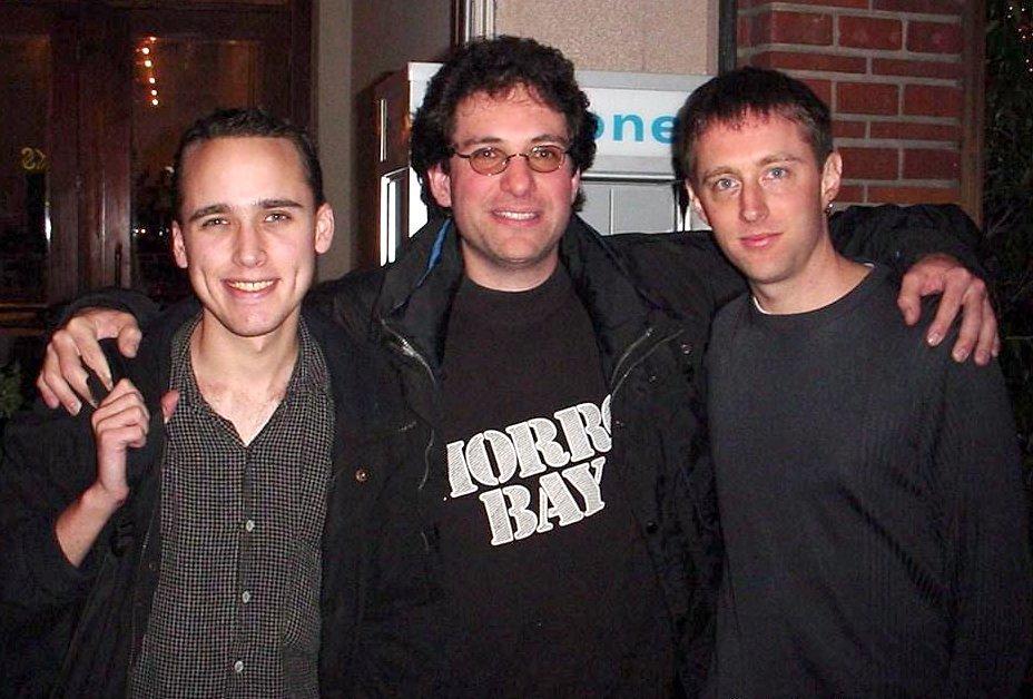 به ترتیب از راست: کوین پولسن، کوین میتنیک و آدرین لامو - هکر