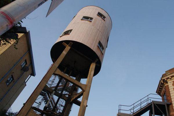 london-watertower-house-2