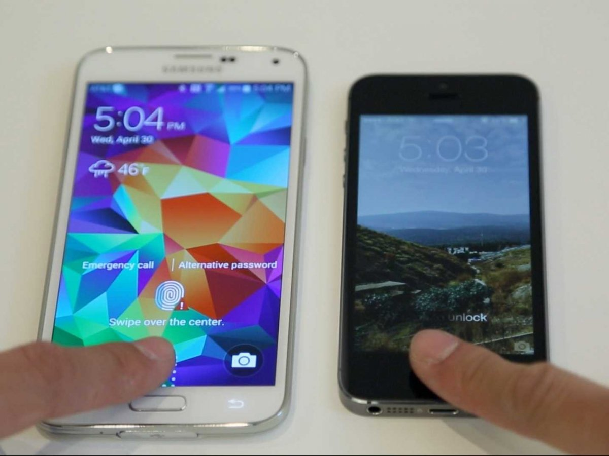 samsung-galaxy-s5-iphone-5s-fingerprint-side-by-side-1