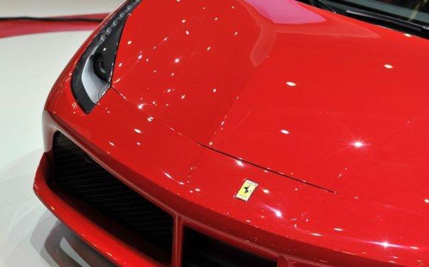 Geneva2-Ferrari-48_3217643k