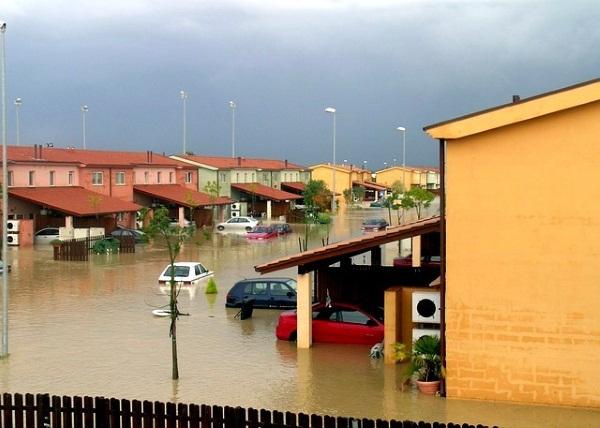 flood-water-640x457