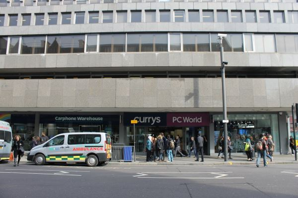 from-the-outside-it-doesnt-look-like-much-its-actually-situated-inside-currys-pc-world-an-established-british-electronics-retailer