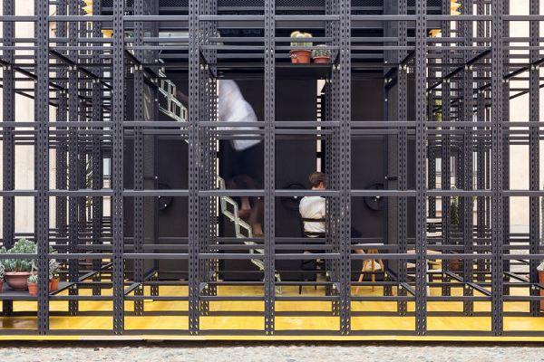 3045146-slide-s-8-a-cage-house-dmg5172