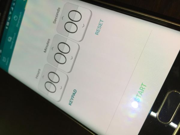 Galaxy-S6-edge-display-scratches-out-of-the-box (4)