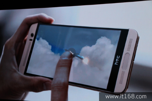 HTC-One-M9-Plus-unveiling-images (1)