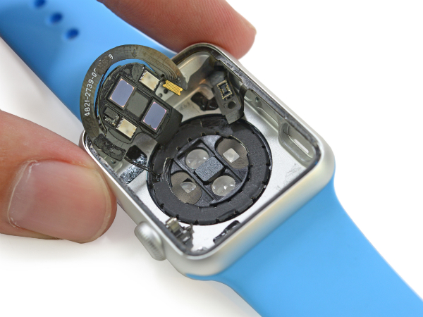 apple-watch-teardown-23-w600