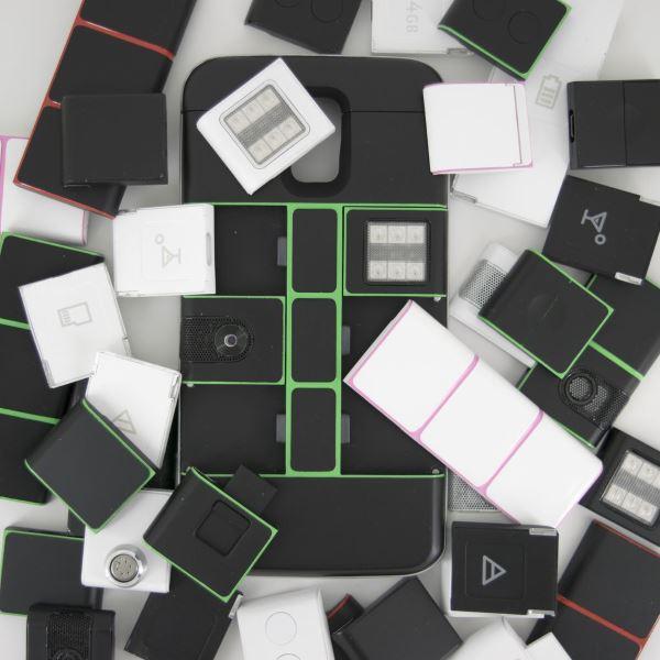 black_nexpaq_case_with_modules.0