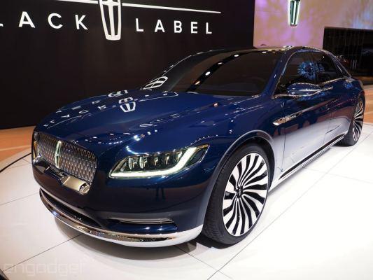 این خودروی زیبا و با وقار مجموعه از برترین امکانات شامل دستیار راننده، تکنولوژی های پیشگیری از تصادف، دوربین 360 درجه برای پارک، چراغ های LED جلویی و بسیاری موارد دیگر را در خود دارد.