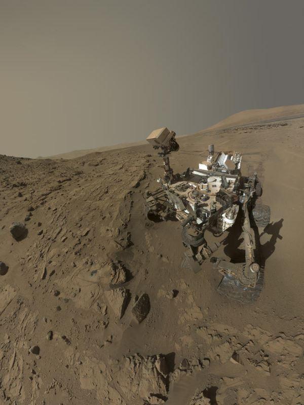 در مورد این مریخ نورد به یقین زیاد شنیده اید، رباتی که بر روی سطح مریخ به حرکت و جستجو می پردازد، دستورات دریافتی را اجرا و نمونه های تهیه شده از سطح سیاره سرخ را مورد تجزیه و تحلیل قرار می دهد.