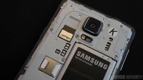 samsung-galaxy-note-4-battery-sd-card-aa-4-710x399
