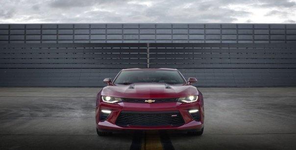 2016-Chevrolet-Camaro-SS-011.0