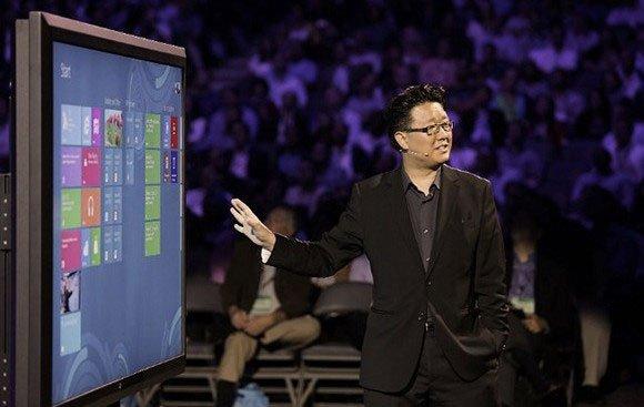 جف هان در یکی از کنفرانس های مایکروسافت در جولای سال ۲۰۱۲