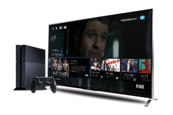 سال ۲۰۱۵ - سونی از سرویس استریم ویدیویی خود با نام PlayStation Vue که با پرداخت حق اشتراک ۵۰ دلار در ماه قابل استفاده بود پرده برداشت. لازم به ذکر است که این سرویس چندان از طرف کاربران مورد توجه قرار نگرفت و در زمره ی یکی از شکست های شرکت ژاپنی گنجانده می شود.
