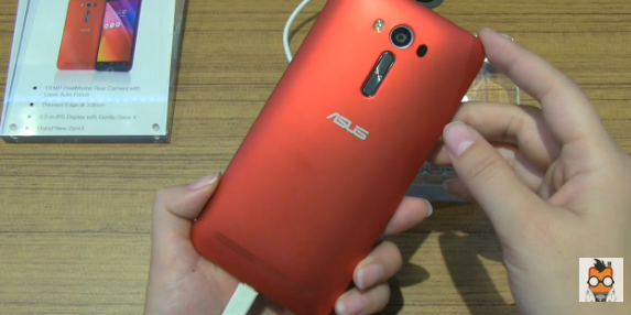 This-5.5-inch-ZenFone-2-model-gives-buyers-the-option-of-a-720p-or-1080p-screen