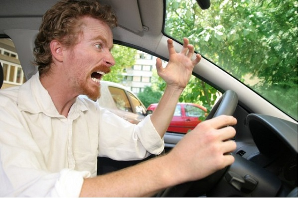 angry-driver-with-road-rage_100182787_m