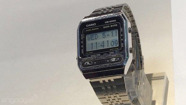 ساعت با نمایشگر لمسی