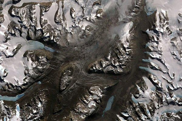 علت جذابیت این منطقه برای پژوهشگران آن است که به خاطر نبود یخ در سطح آن، مطالعه پیرامون فرایندهای جغرافیایی را در آن آسان تر می کند.