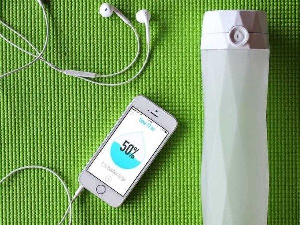 hidrateme-first-water-bottle-smart