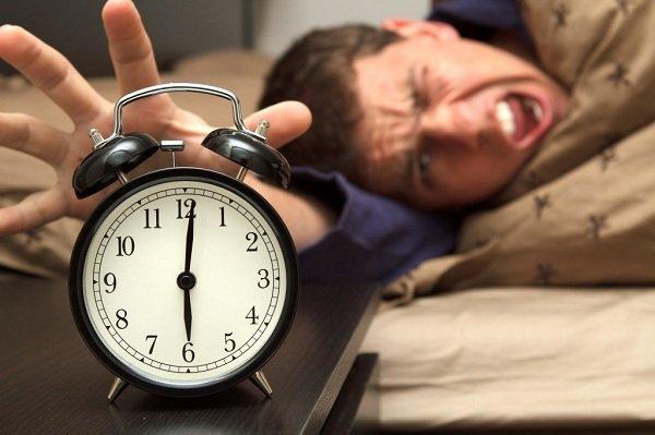 wake-up-alarm-stress-small-1024x682