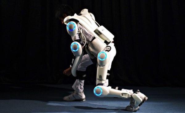 5-cyberdyne-hal-exoskeleton-suit-1