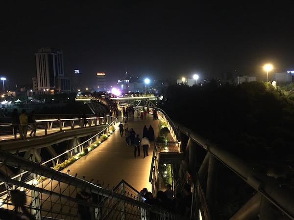 موبایل ۴: عکاسی در شب