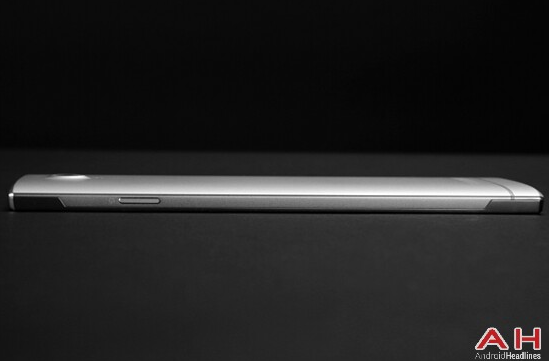 The-Doogee-F2015-will-feature-a-liquid-metal-build (1)