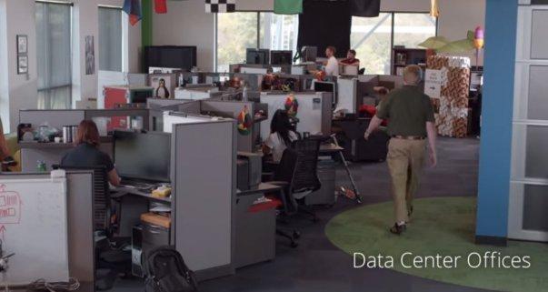 در وهله نخست این پایگاه های داده ای ممکن است که ظاهری شبیه به دفاتر کاری داشته باشند.