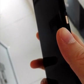 Earlier-leaked-alleged-Nexus-5-images (2)-w600