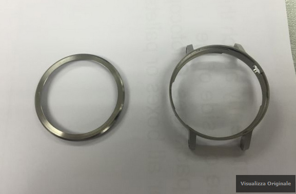 Leaked-images-of-the-Motorola-Moto-360-sequel-and-the-casing-for-the-timepiece (4)-w600