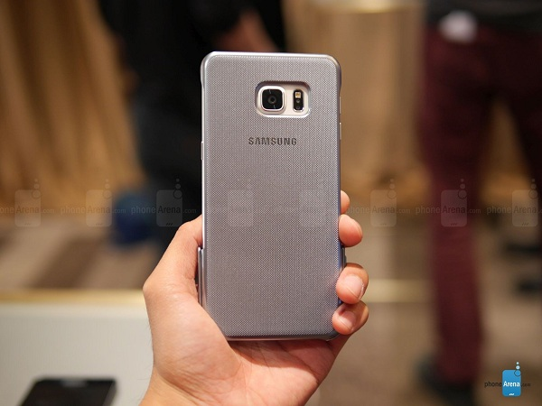 Samsung-Keyboard-Cover-for-the-Galaxy-S6-edge-hands-on (6)