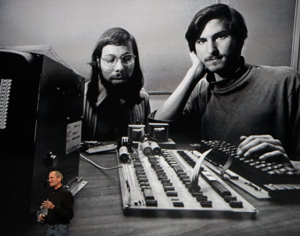 apple-was-cofounded-on-april-1-1976-by-steve-jobs-and-steve-wozniak-in-los-altos-california
