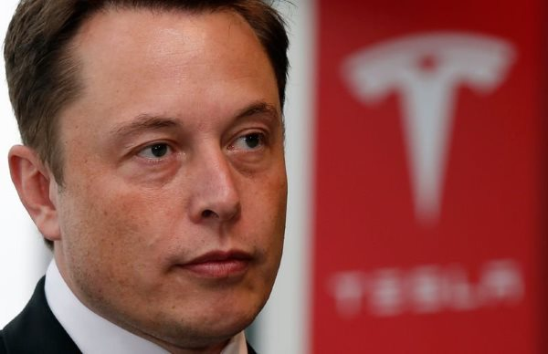 at-the-same-time-spacex-was-crashing-tesla-was-burning-through-about-4-million-in-cash-a-month-instead-of-playing-sophies-choice-musk-made-a-bet-that-spacex-would-win-the-contract-and-keep-both-his-space-and-car-dreams-alive